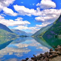 Fjords alongside a river