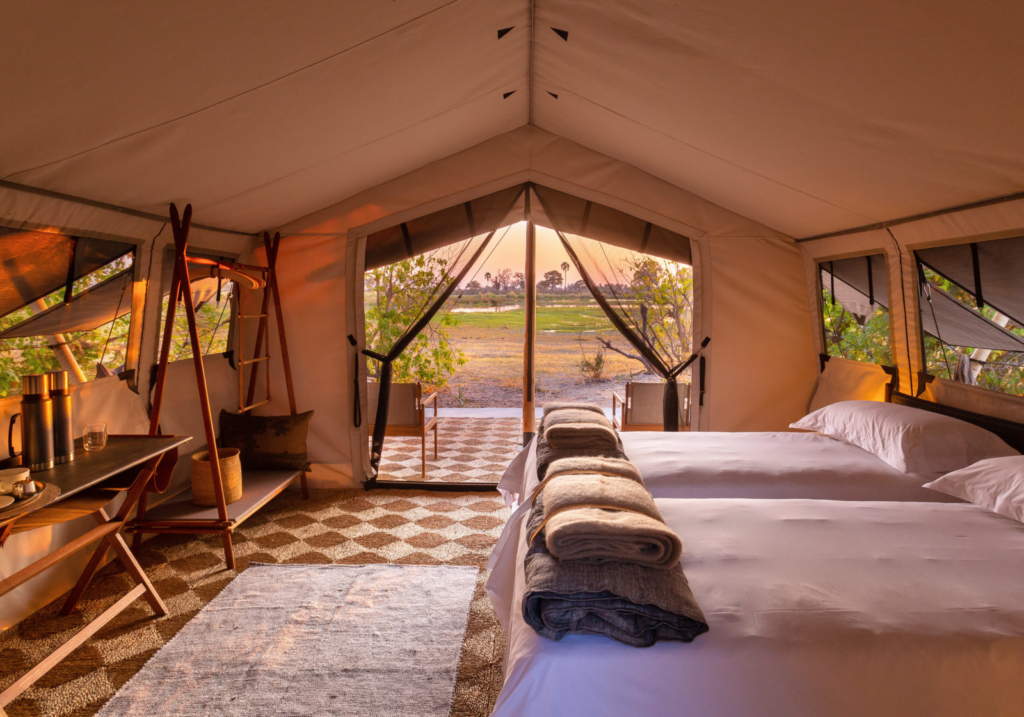 Twin room in a luxury tent