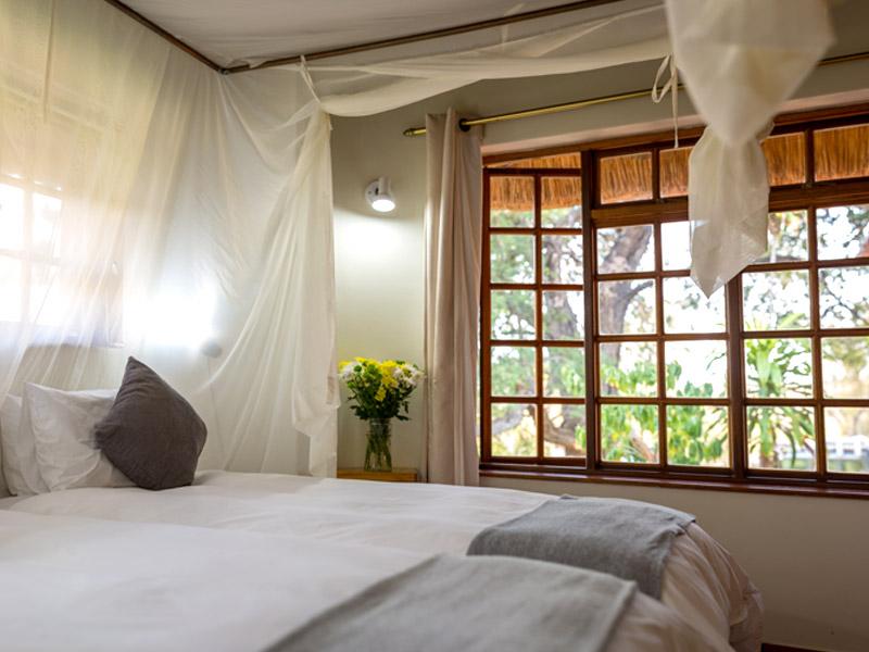 Chalet twin bedroom