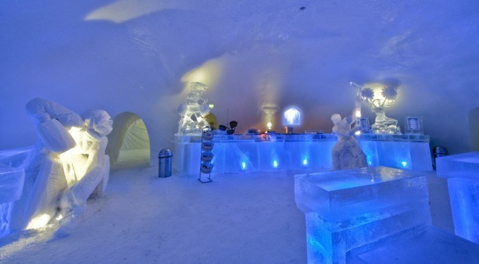 Restaurant made from ice